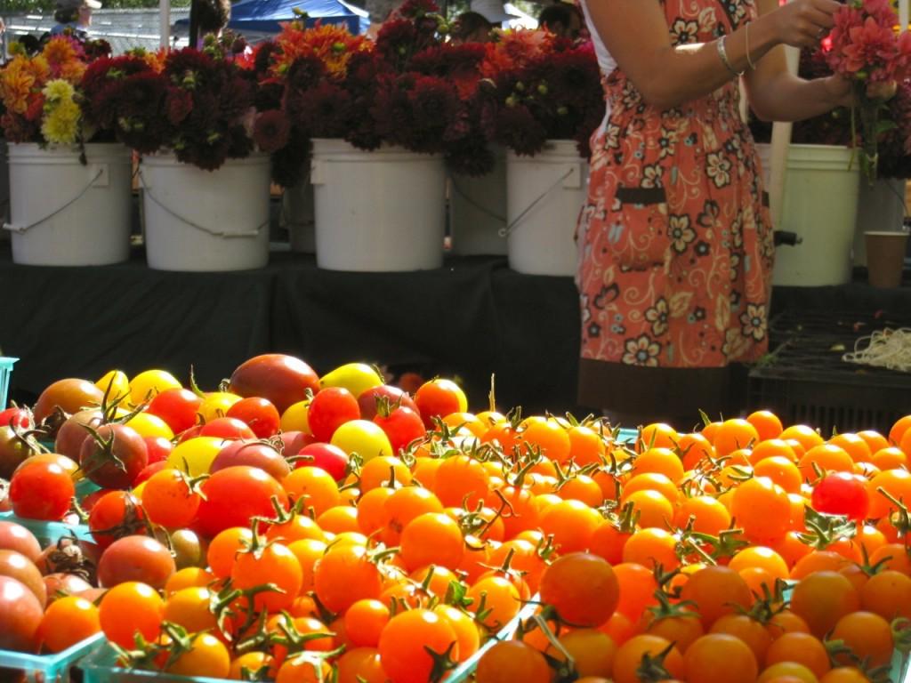 tomatoes farmers market